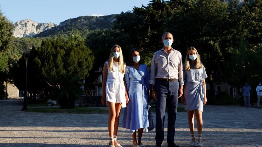 Auch in der Tramuntana nur mit Maske: Die Königsfamilie zu Besuch in Lluc