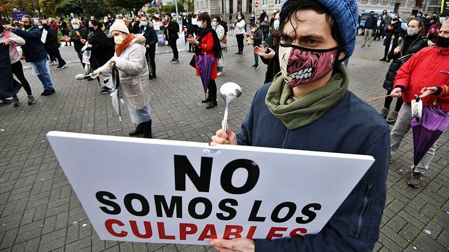 El cierre destruyó en Galicia 4.000 empleos en hostelería y 16.200 entraron en ERTE