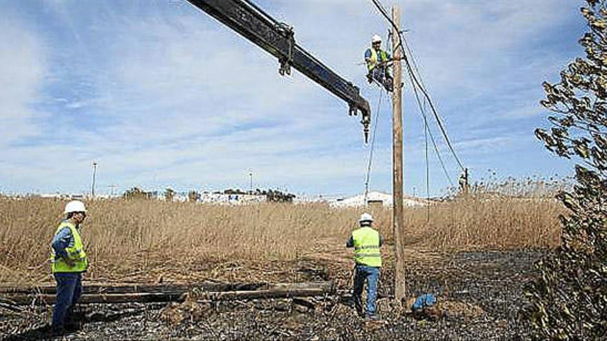 Vila inspeccionará la zona y obligará  a derribar las construcciones peligrosas