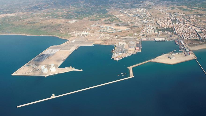 La Autoridad Portuaria anuncia el cierra Sagunt por el fuerte viento