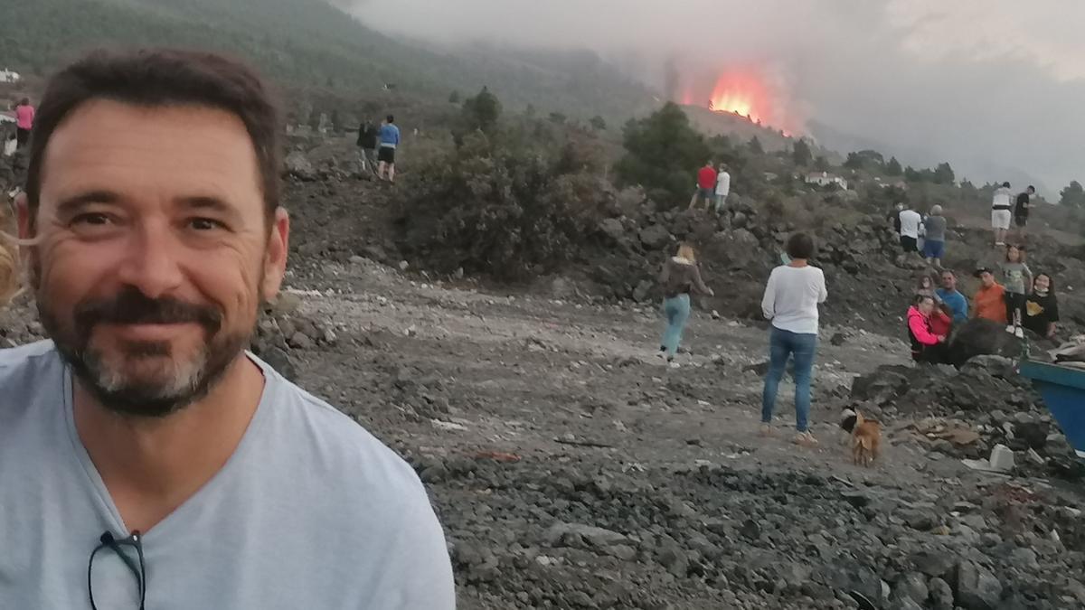 Sergio López, en su visita al volcán este fin de semana.