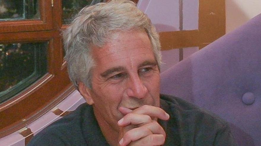 Jeffrey Epstein,  acusado de abusos sexuales a menores, se suicida en la cárcel