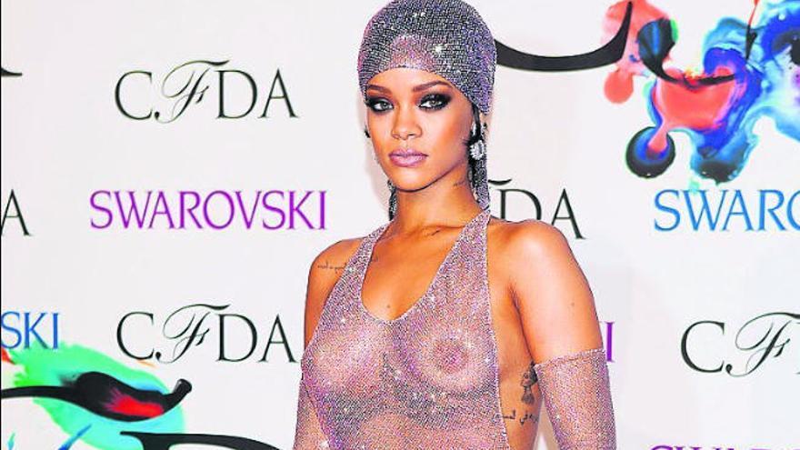 Rihanna entra en 'The Fashion Book', la biblia de la moda