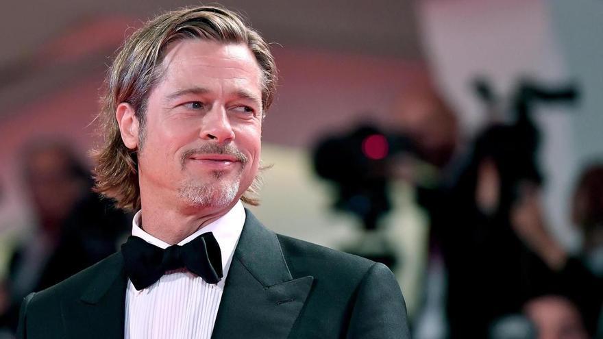 Brad Pitt tiene nueva pareja