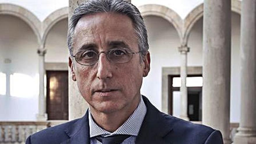 Diego Gómez-Reino se presenta a la reelección como presidente de la Audiencia