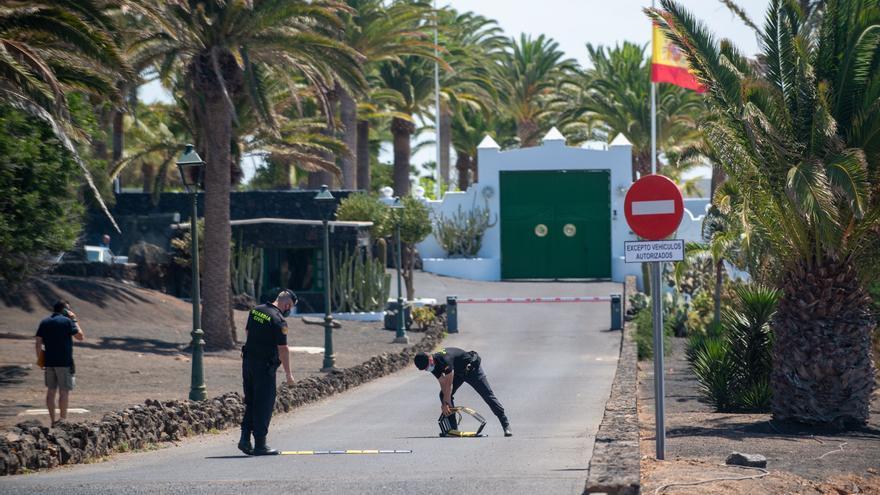 Pedro Sánchez arranca sus vacaciones en Lanzarote junto a su familia