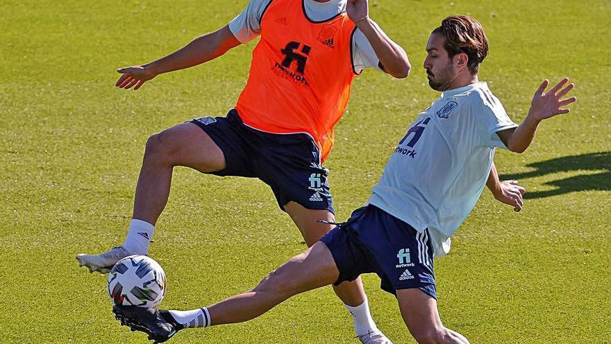 Gayà, Pau y Ferran, preparados para jugar hoy ante Suiza