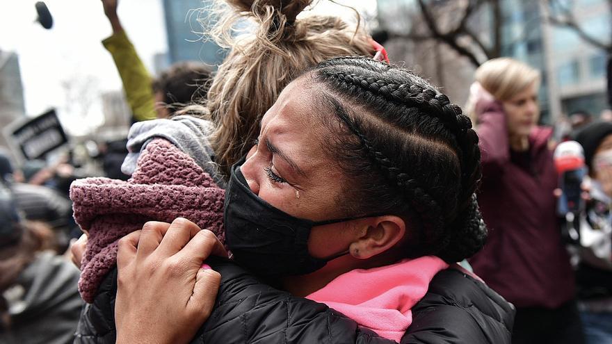 El veredicto en el caso Floyd, 'precedente' para una reforma policial en EEUU