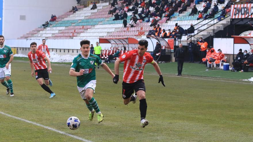 GALERÍA | Las mejores imágenes del Zamora CF-Coruxo