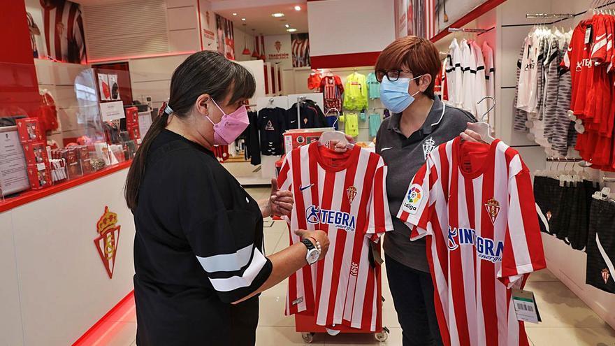 Así triunfa la nueva camiseta del Sporting: de Francia a las islas británicas
