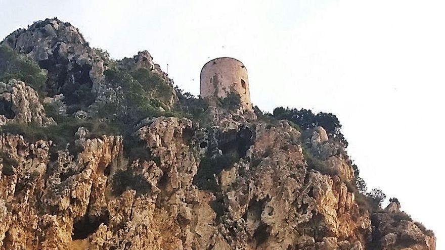 La torre vigía de la Marina Alta a la que es imposible llegar
