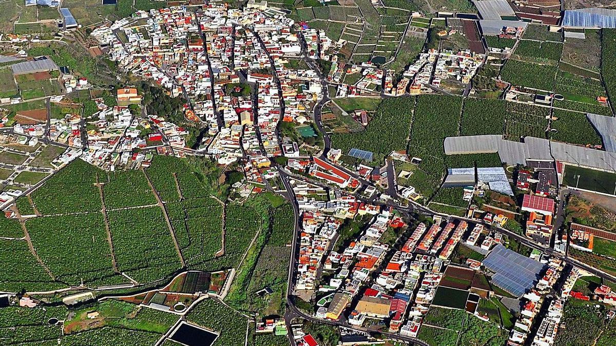 El casco urbano de Buenavista del Norte fue una de las zonas afectadas por el apagón de ayer.