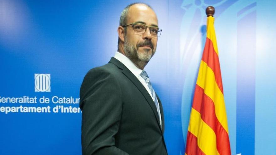 Citan a Buch como imputado por el escolta de Puigdemont