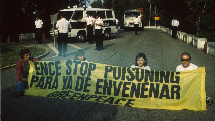 "Greenpeace insta a Ence a ""planificar su cierre"" en Lourizán"
