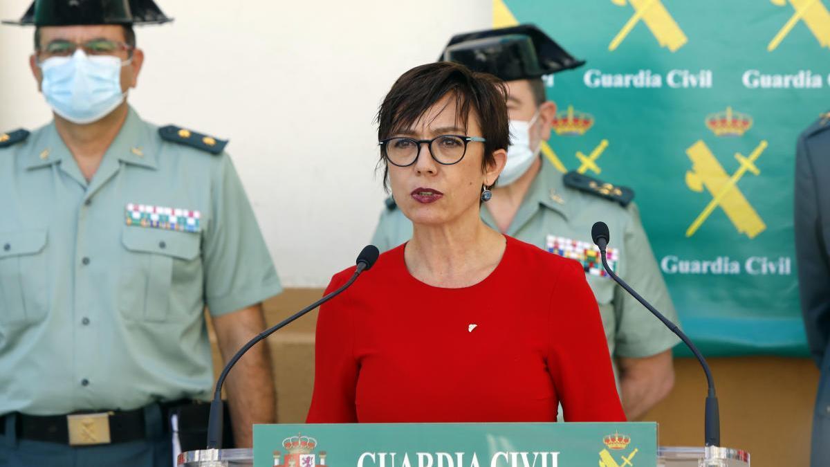 María Gámez, el miércoles, durante su visita a las instalaciones de la Guardia Civil en València.
