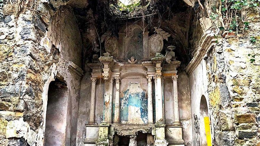 Obres a l'església de Sant Cristòfol de Campdevànol