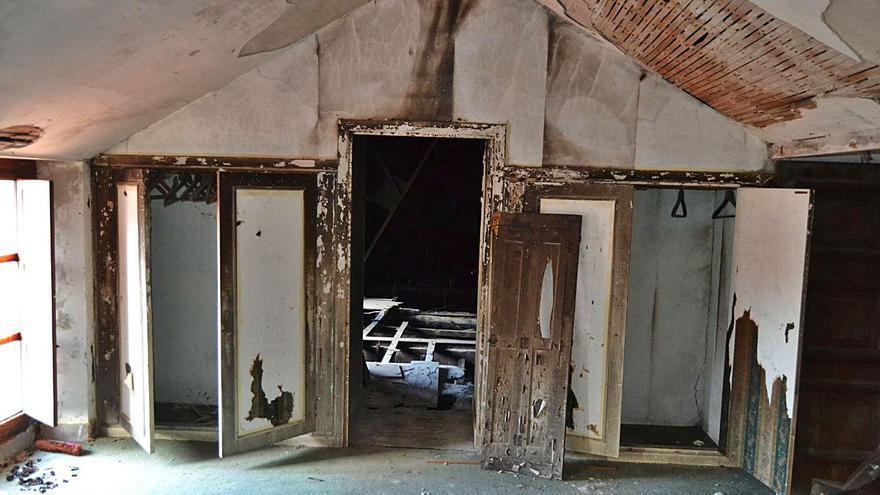 Un informe constata el mal estado de zonas del pazo de Meirás fuera del itinerario por el BIC
