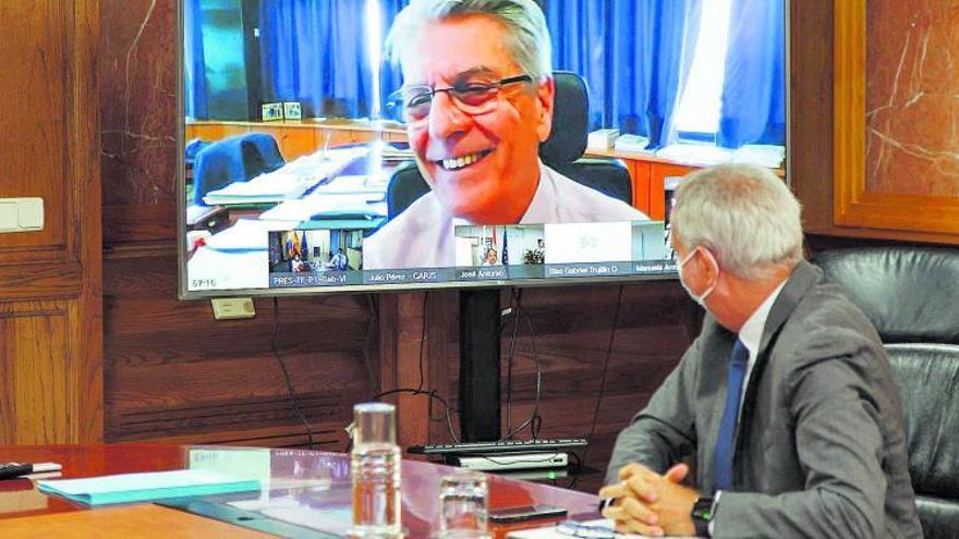 El conflicto de los interinos se estanca en Canarias pero avanza la ley estatal