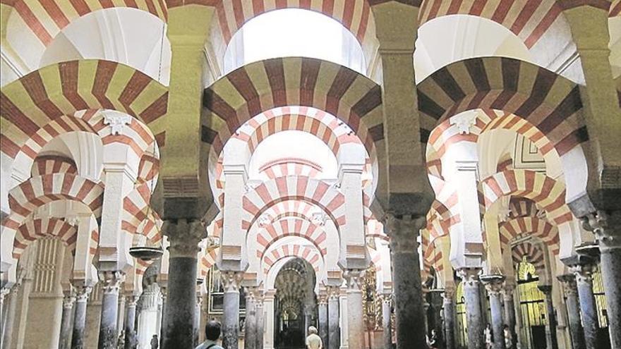 Las casas y palacios de Almanzor
