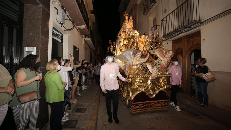 La Virgen del Rosario llega a la arciprestal para sus fiestas