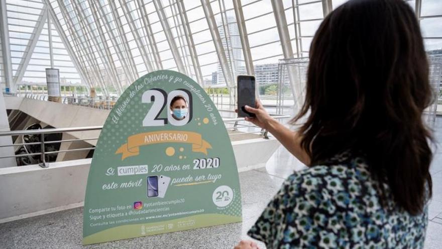 """""""20 amb tu, contigo"""": Museu de les Ciències"""
