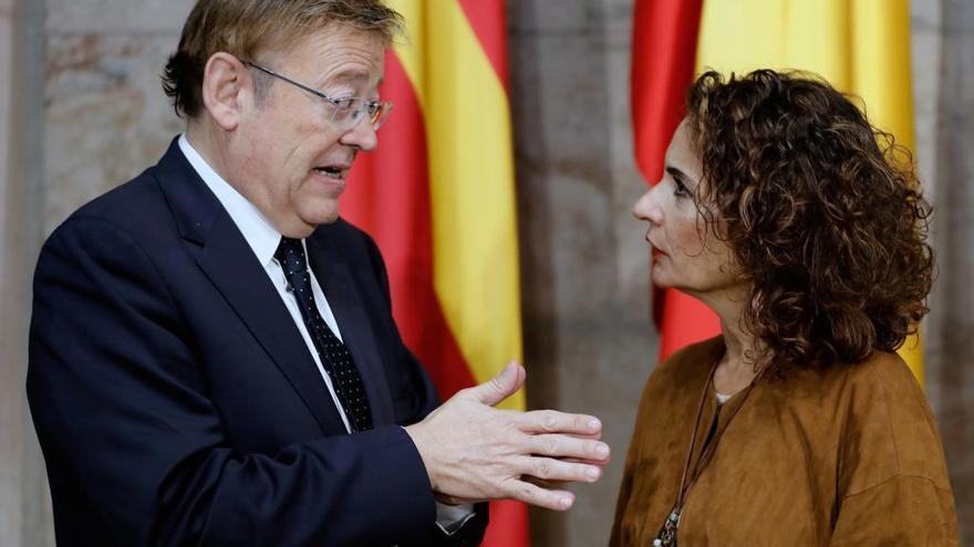 La ministra Montero avala la tesis de Puig de presentar nuevos presupuestos