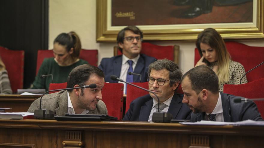El PP de Elche advierte de que una oferta pública de empleo del Ayuntamiento está en los juzgados