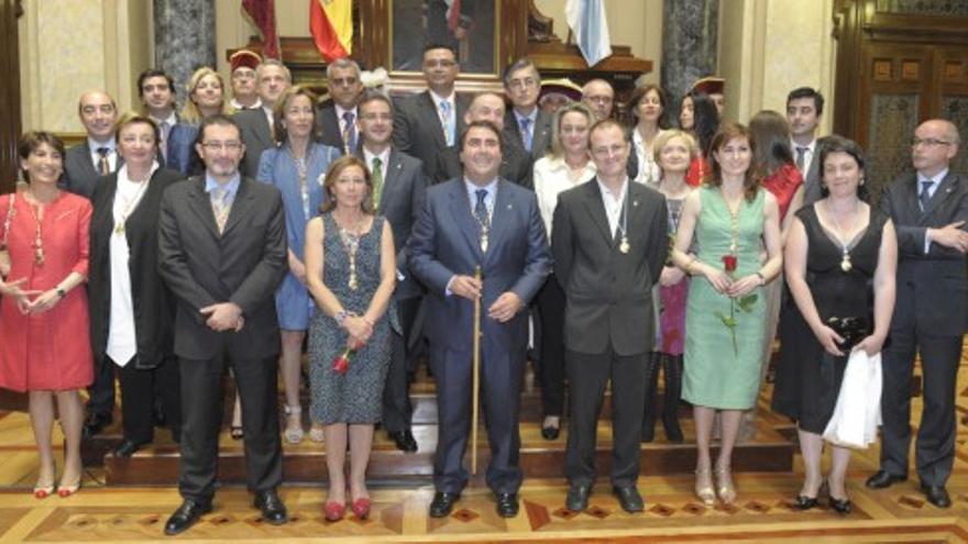 Carlos Negreira ya es alcalde de A Coruña
