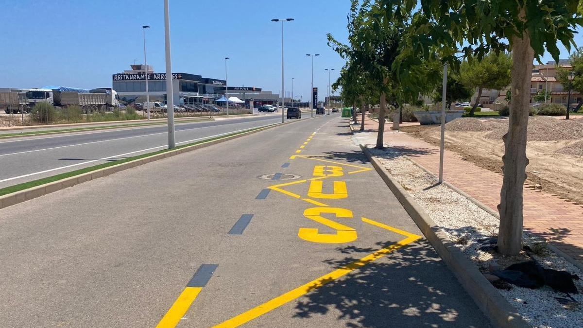 La Llana y Torre Derribado estrenan autobús gratuito y aparcamiento disuasorio