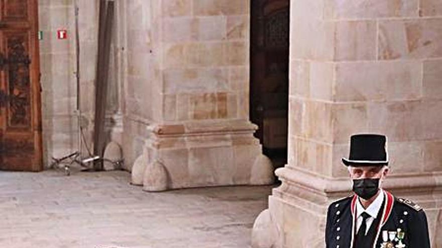 Interior crea una unitat d'escortes i dissol la guàrdia presidencial creada per Torra