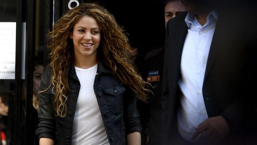 Hisenda rastreja el dia a dia de Shakira