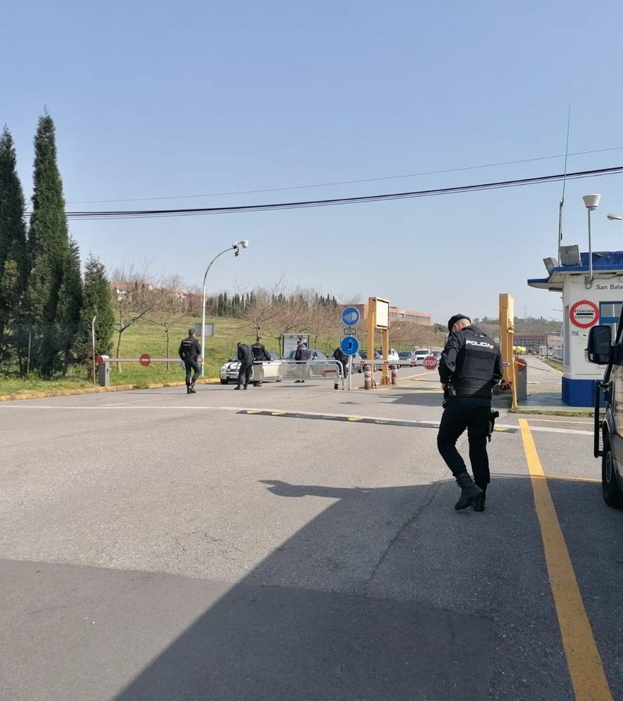 La juez deja en libertad con medidas cautelares a los detenidos en los registros de Alu Ibérica