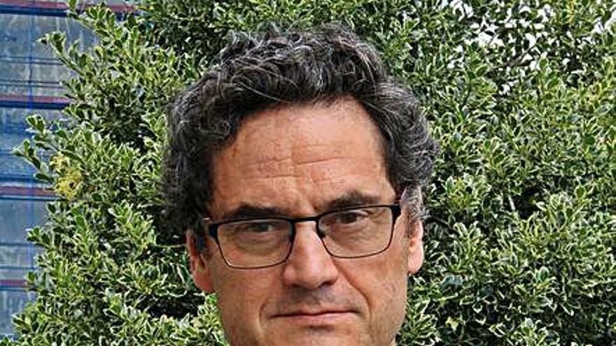 Fernández-Couto, que gestionó los incendios durante 20 años, cesa como director xeral de Montes