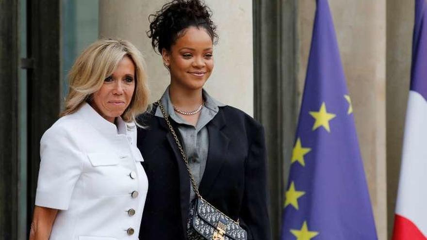 Rihanna se 'cuela' en el Elíseo