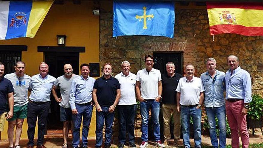 Brindis de la diáspora asturiana en Canarias