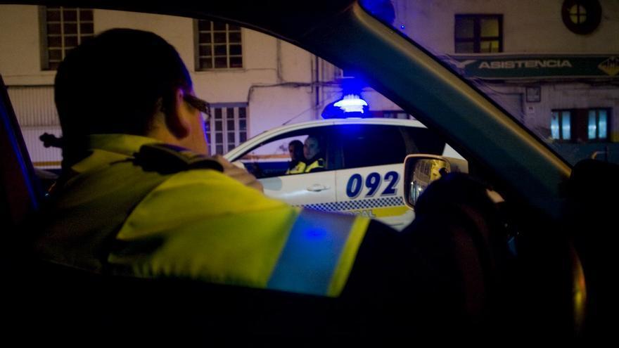 La Policía interviene en una fiesta en un domicilio con cuatro personas