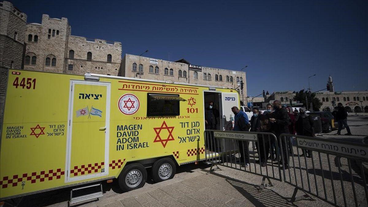 La Corte Suprema de Israel prohíbe el rastreo de los móviles de contagiados de covid