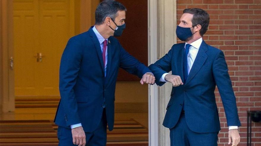 """Sánchez y Casado mantienen una conversación """"sin avances"""" sobre el Poder Judicial"""