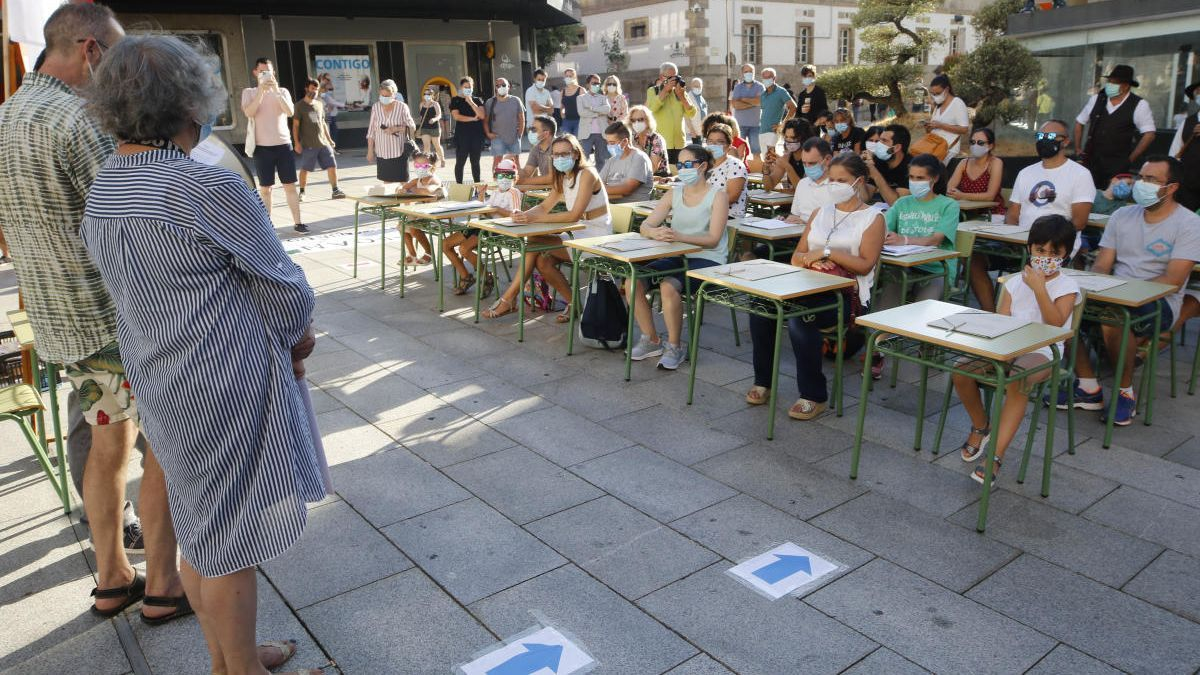 Concentración de Foanpas en Vigo. // Alba Villar