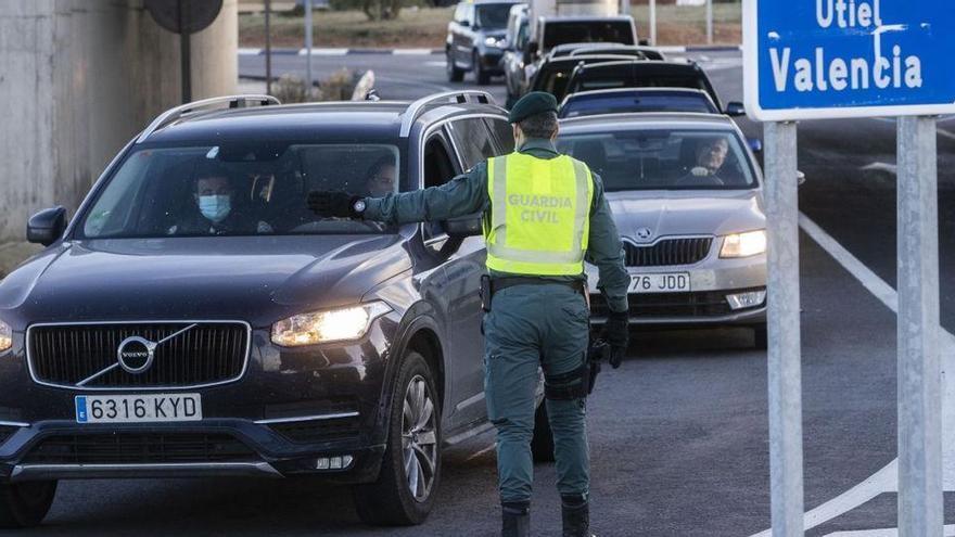 Aragonès i Ximo Puig parlen per mantenir tancades les fronteres per Setmana Santa