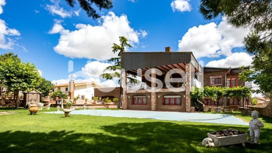 Escápate de la ciudad y múdate a cualquiera de estas casas en venta en Zamora