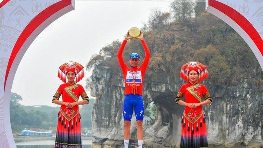 Enric Mas cierra el año ciclista con un triunfo en China