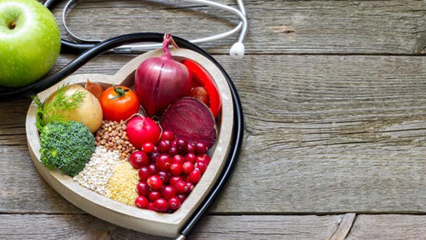 Cinc remeis naturals per fer baixar ràpid el colesterol