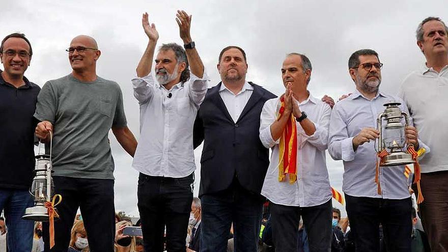 Encuesta: El 61% de los catalanes apoyan los indultos a los presos del 'procés'