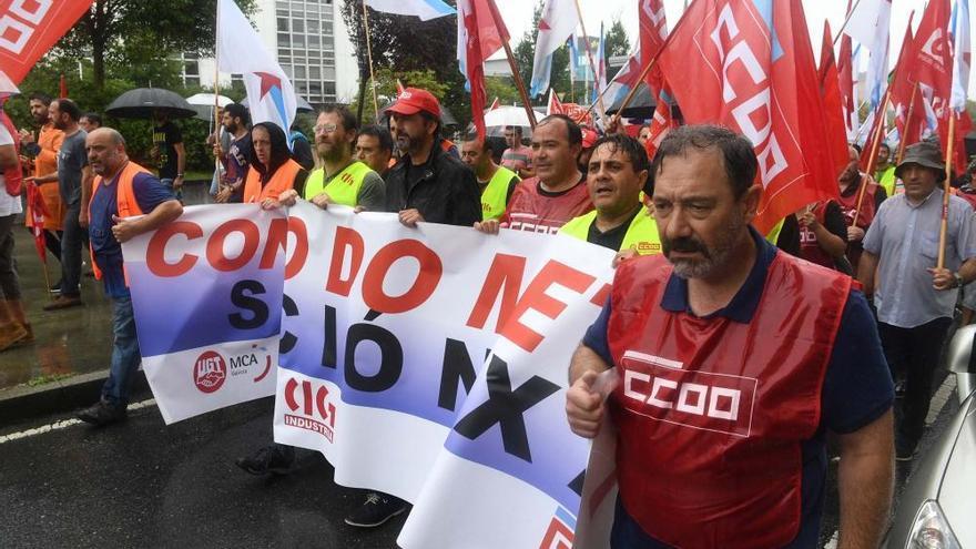 Más de 2.000 personas contra la parálisis del convenio del metal