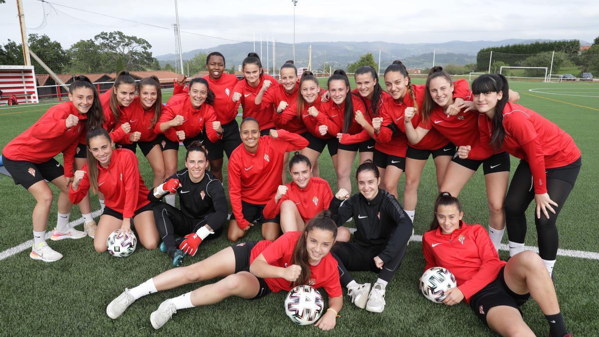 Las jugadoras del Sporting Femenino, durante un entrenamiento esta semana en Mareo