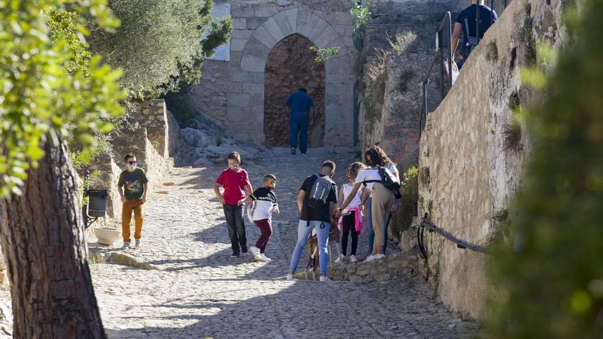 Ser socio de la biblioteca de Xàtiva permitirá entrar gratis al castillo de manera ilimitada