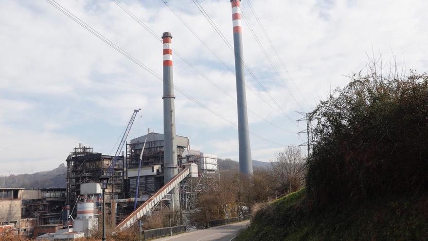 Barbón pone los planes de EDP en Soto de Ribera como ejemplo para Naturgy e Iberdrola
