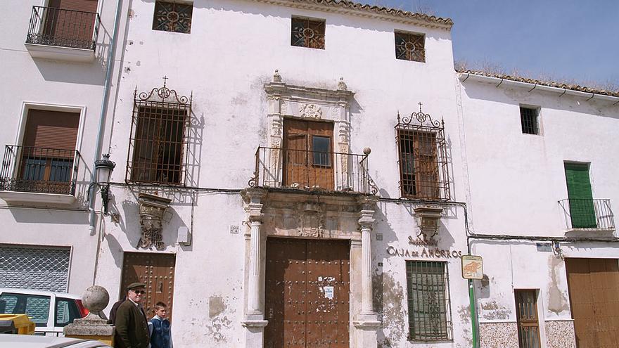 IU propone al Ayuntamiento de Espejo que compre la Casa de las Cadenas