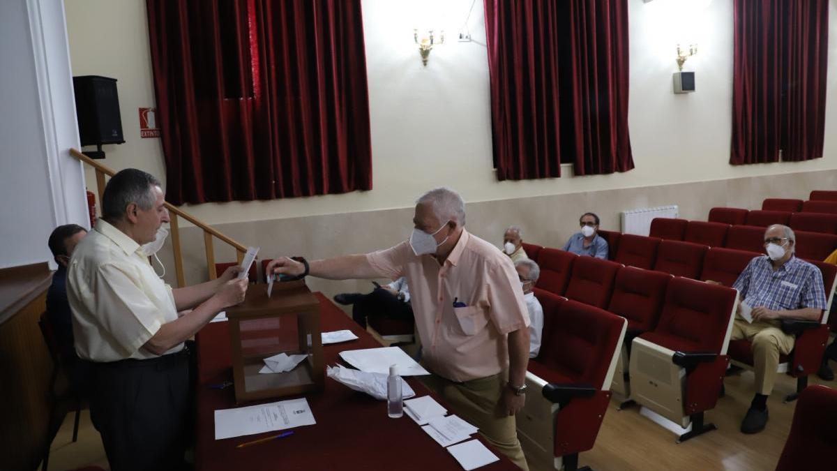 José Cosano seguirá al frente de la Real Academia de Córdoba